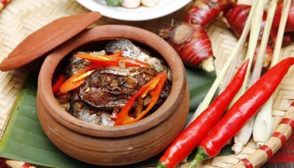 Cách làm món cá kho làng Vũ Đại