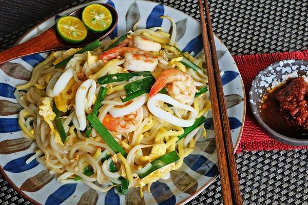 Món ngon cuối tuần: Mỳ xào hải sản