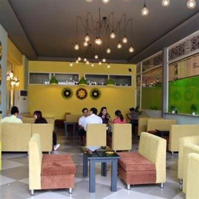 Happy Land – Yummy Cafe