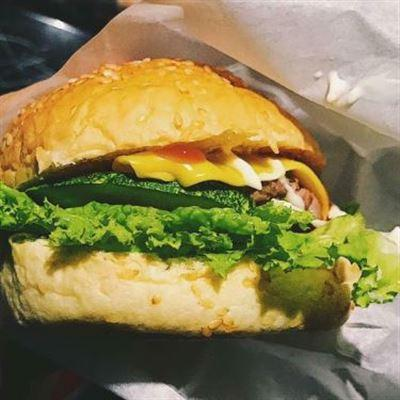 Hamburger ME-O