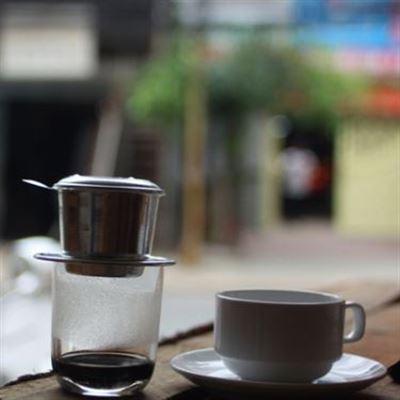 Tuệ Lâm – Cafe & Kem Cuộn Thái Lan