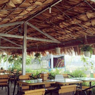 Vườn Nhãn Cafe