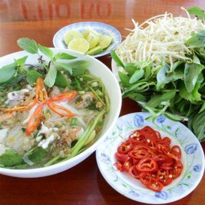 Lan Thư – Hủ Tiếu Nam Vang