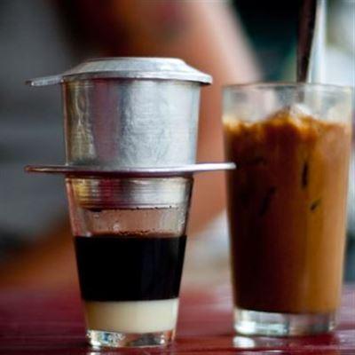 Lam Coffee & Tea – Phùng Chí Kiên