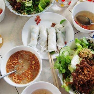 Dì Hoa – Bánh Ép & Bánh Cuốn Thịt Nướng