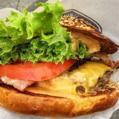 Lều Hamburger – Burger Shack In Hue