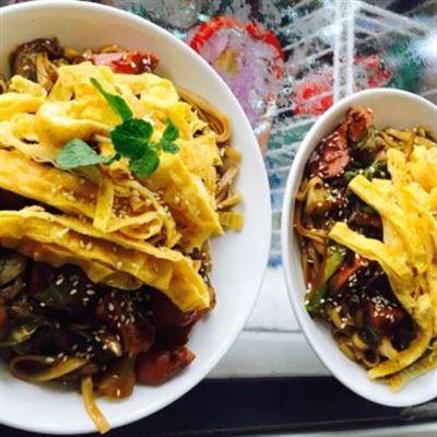 Ăn Vặt Chong Chóng