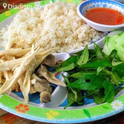Cơm Gà – Lê Hồng Phong