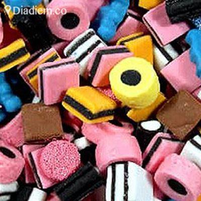 Hùng Mạnh – Cửa Hàng Bánh Kẹo