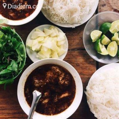 Thuỳ Linh – Cháo & Bún Chả